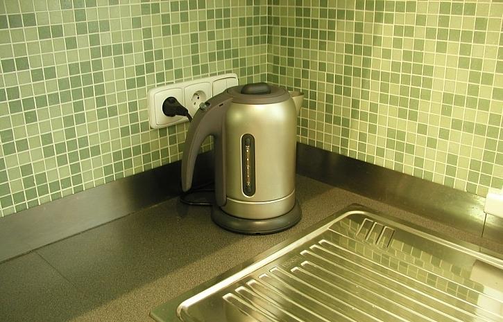 Čím obložit stěnu za kuchyňskou linkou?