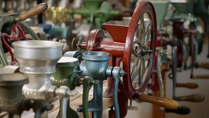 Různé staré mlýnky