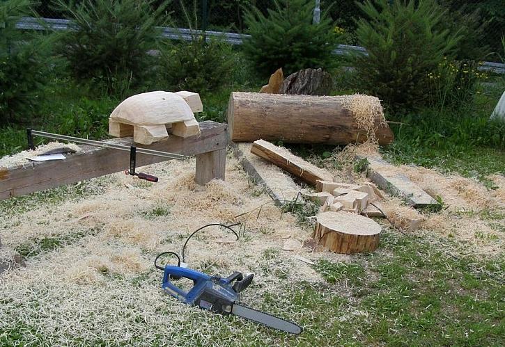 Socha ze dřeva: želva