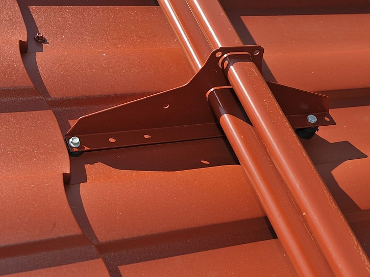 Bezpečnostní prvek střech - sněhové zábrany