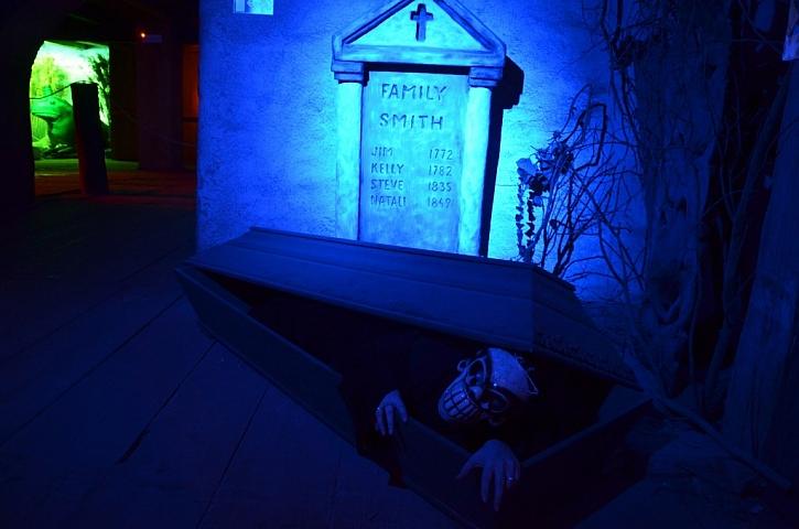Je libo moderní strašidelnou postel?