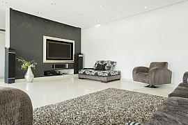 Moderní podlahy z pryskyřice se hodí nejen do garáží