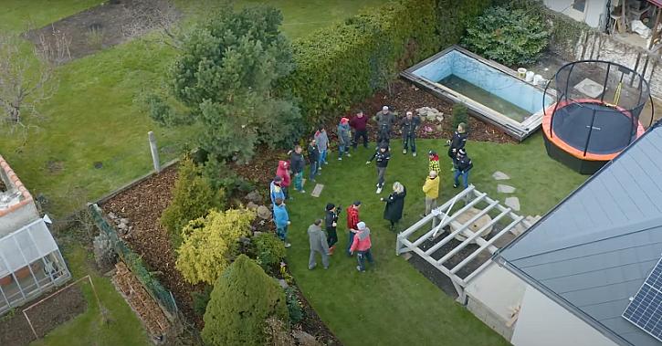 Fachmani - v 28. díle se dozvíte jak na montáž svodů ze střechy