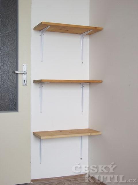 Knihovna i úložný prostor v malém pokoji – 1. díl