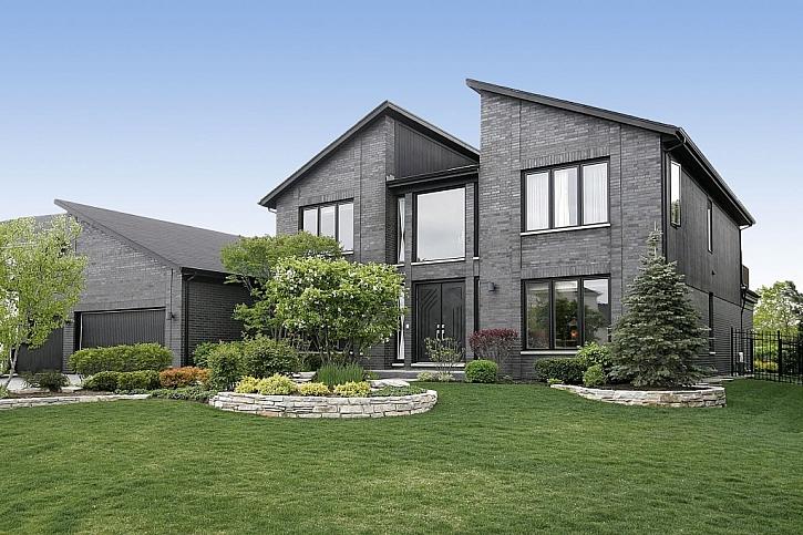 Pultové střechy jsou typické pro novostavby