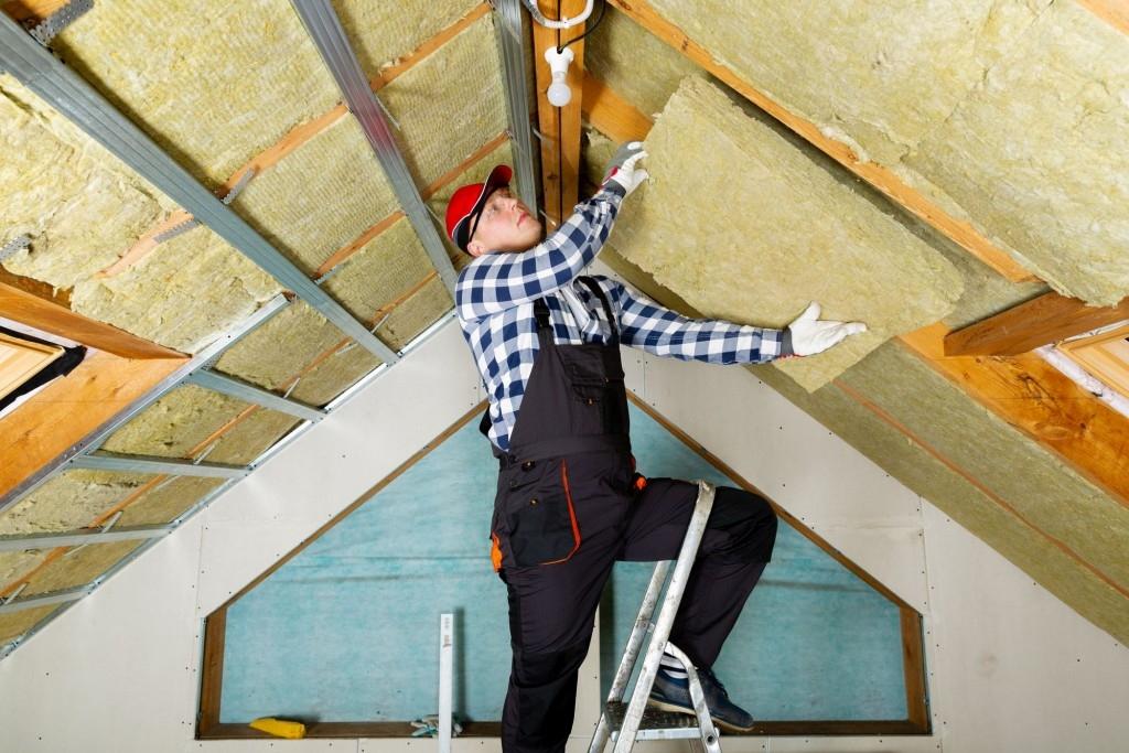 Zateplením stropu zabráníte úniku tepla