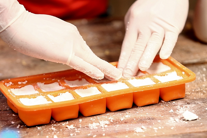 Jak si udělat ekologické čisticí tablety do toalety 3