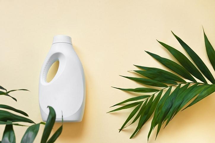 Na trhu jsou již dostupné čisticí prostředky, které jsou šetrné k přírodě