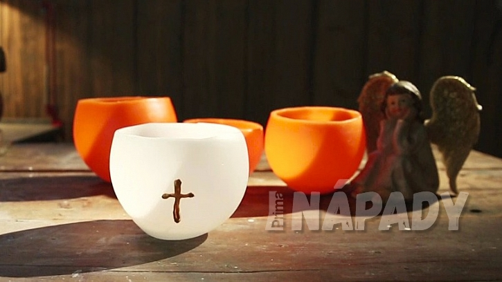 Svícen na hřbitovní svíčku