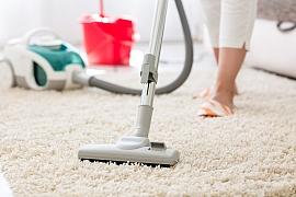 Ruční čištění koberců nemusí být provázeno námahou a potem, když si osvojíte několik pravidel