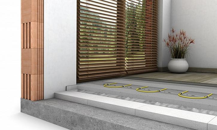 Vyrovnání podlahy samonivelační stěrkou NIVELA EASY krok za krokem