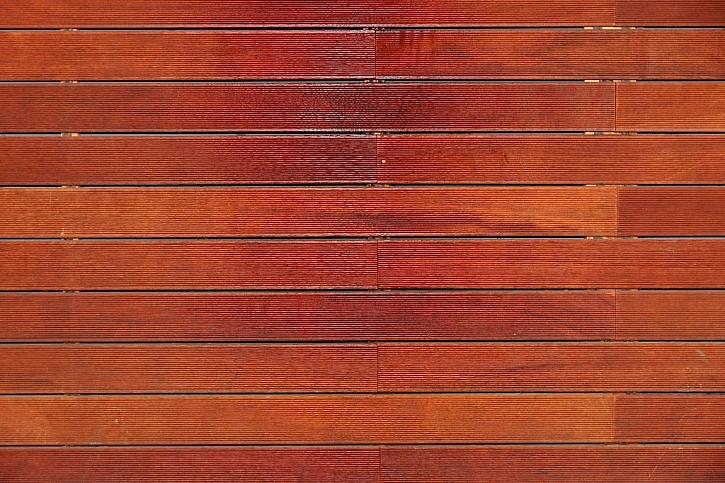Dřevoplastový kompozit dokáže nahradit dřevo