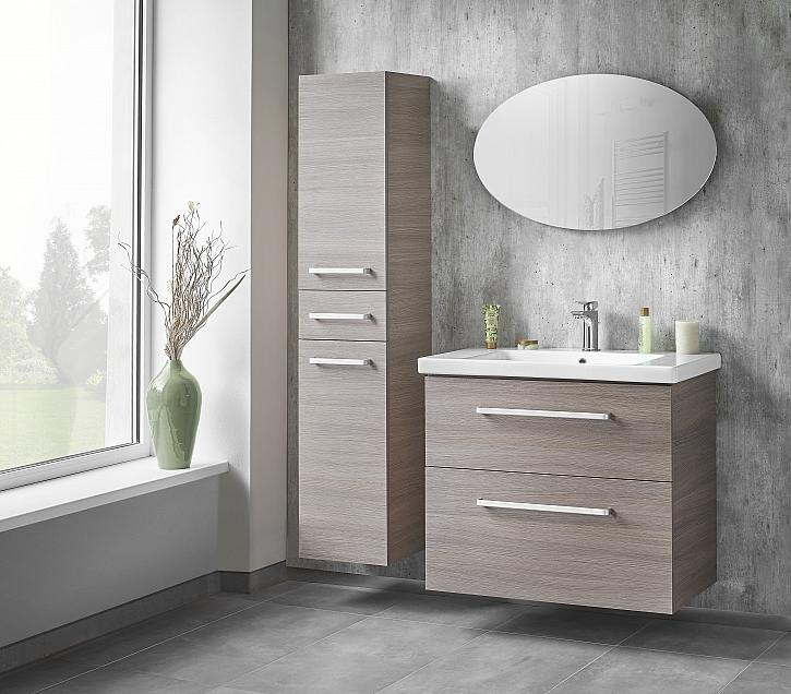 zrcadlo VITTA doplněné nábytkem z řady BIG INN