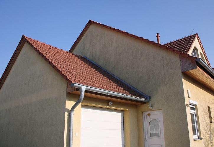 Jak na plíseň v bytě? Definitivní tečku za plísněmi v interiéru i exteriéru představuje nátěrová hmota ETERNAL