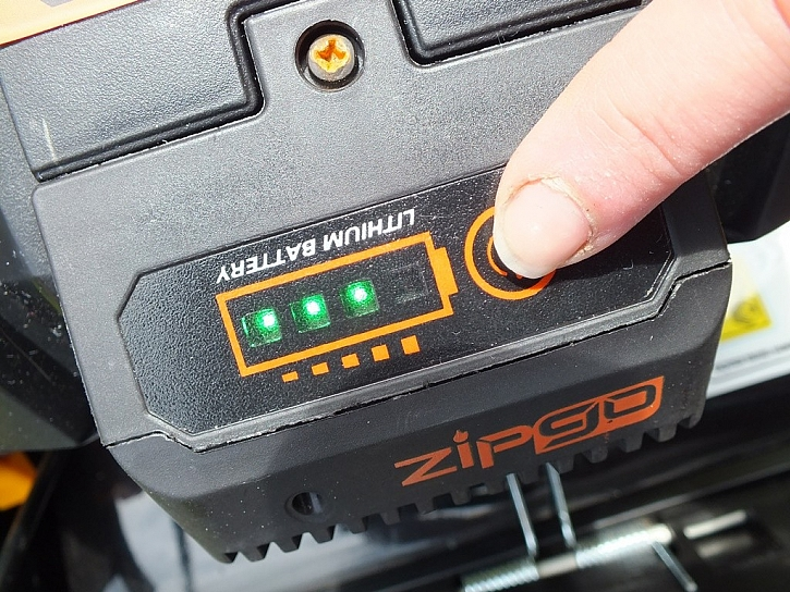 Baterka jako v autě