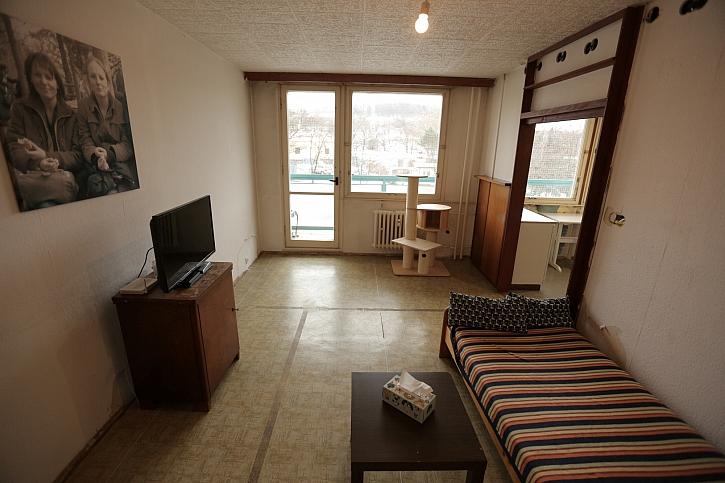 Obývák, okno