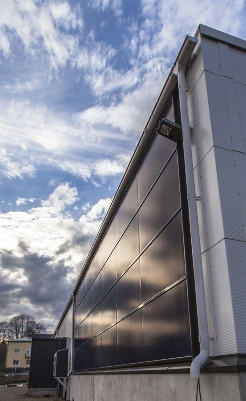 Fasádní fotovoltaické panely Ruukki