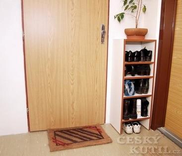 Botník za dveře