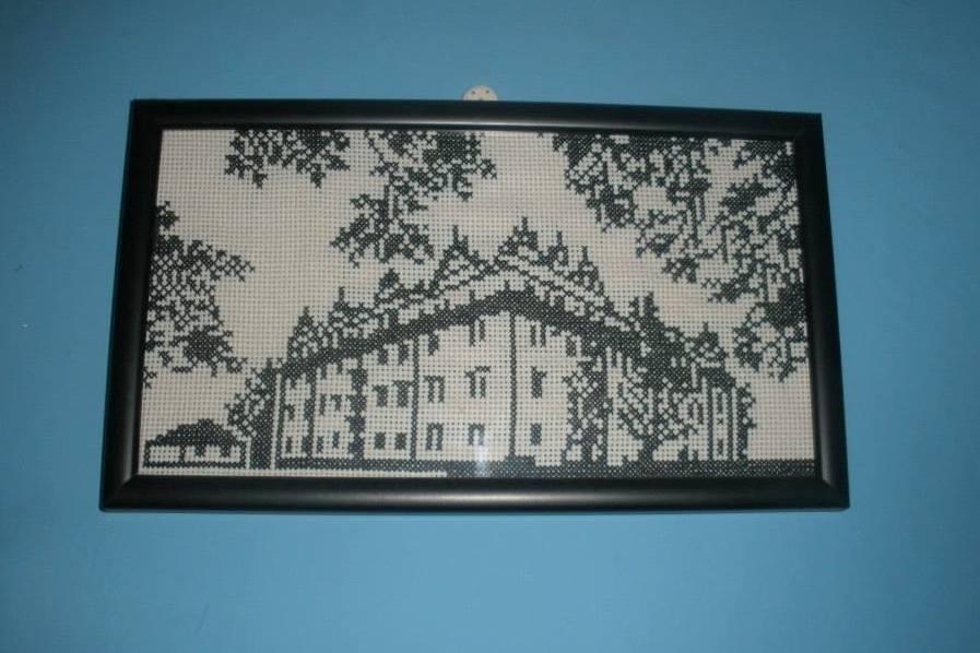 Obrázky na stěnu, vyšívané křížkovým stehem