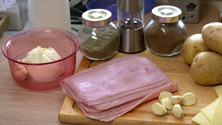 Suroviny na bramborovou roládu