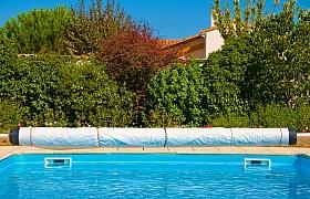 Víte, jaká plachta na bazén je ta nejlepší?