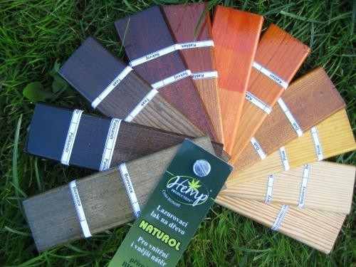 SINCOLOR RADÍ (2. část): Jak správně vybrat nátěr pro pergolu, plot nebo jiné venkovní dřevo