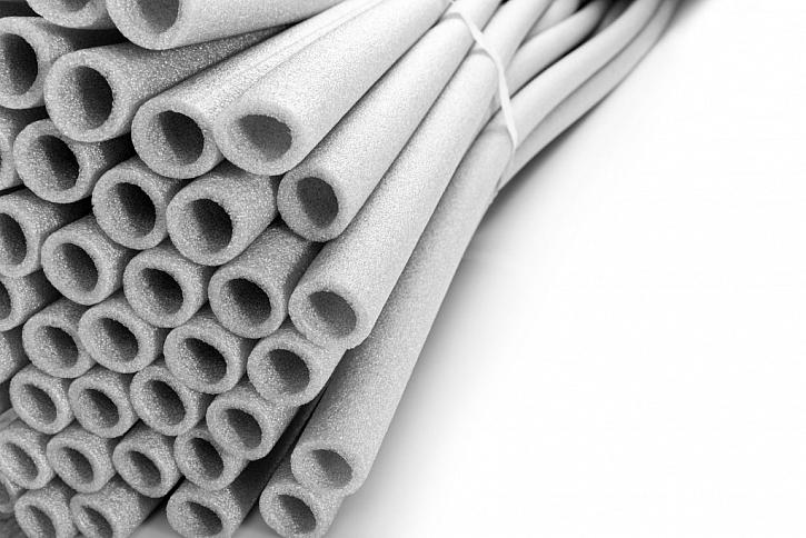 Izolace potrubí z pěnového polyetylenu zajistí i jeho ochranu před mechanickým poškozením