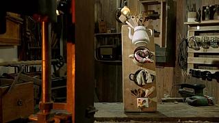 Výroba jednoduchého držáku do kuchyně ze starých plecháčků
