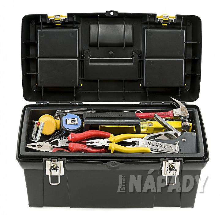 Pro úsporu prostoru lze doporučit umístění nářadí do rozkládacího kufříku