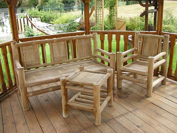 Nábytek pro posezení na zahradě