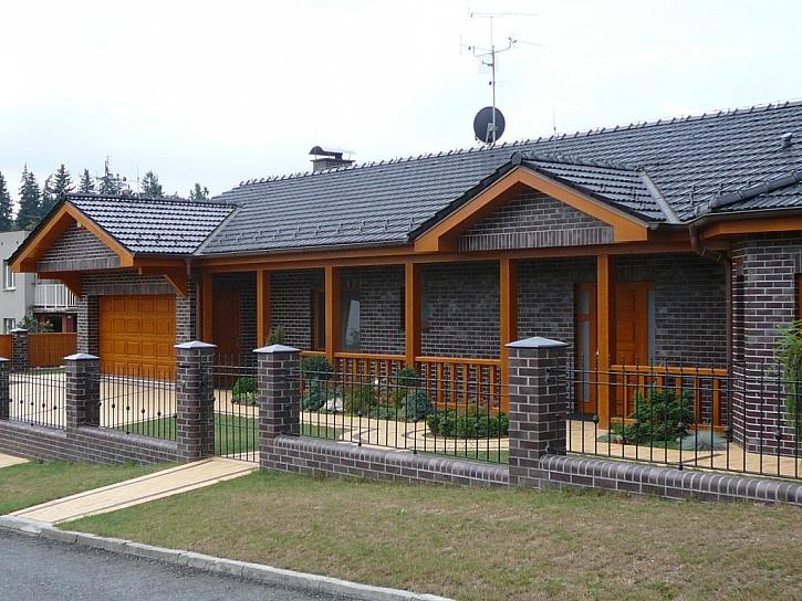 Domeček z cementotřísky Cetris
