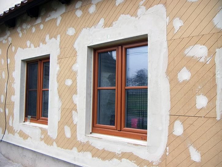 Zateplení vnější fasády u novostavby v Pořežanech kontaktním systémem UdiRECO®.