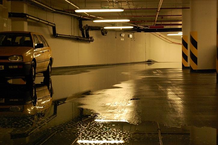 Vytopené garáže? I to není výjimečná věc. Vhodné odpovědnostní pojištění dokáže s takovou situací pomoci.