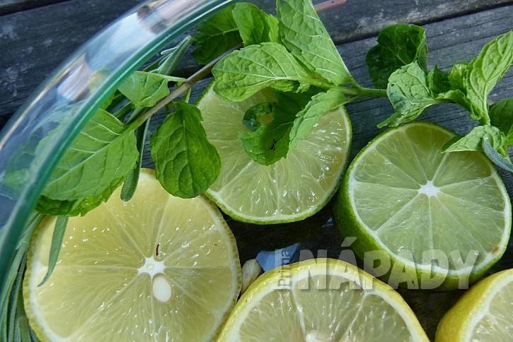 Dekorační miska s citrusy: přidejte mátu a levanduli