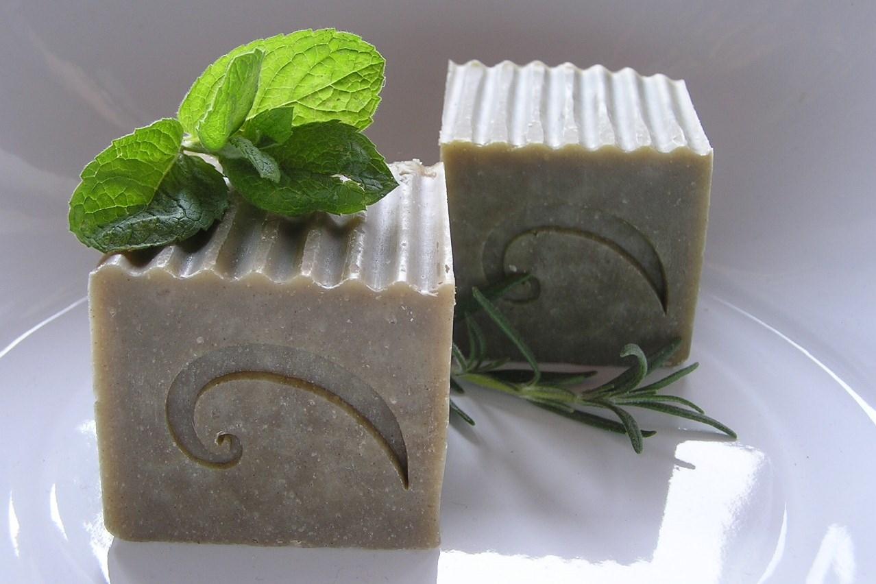 Kopřivová kosmetika: Postup výroby mýdla nebo šamponu