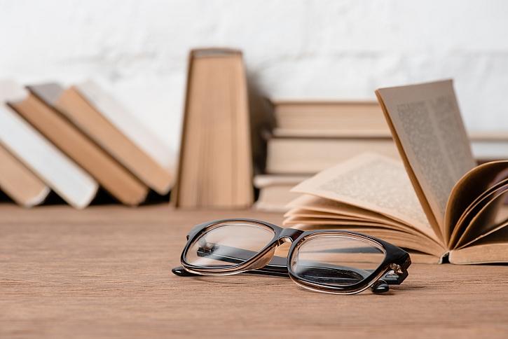 Knihovna do každého prostoru (Zdroj: Depositphotos)
