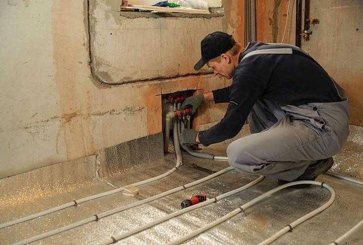 Podomítkové postavení rozvodné skříně je u elektrického topení nutnost