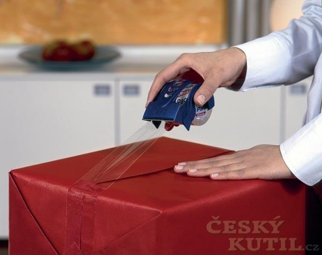 Zabaleno ve velkém stylu – balení dárků s lepící páskou značky tesa