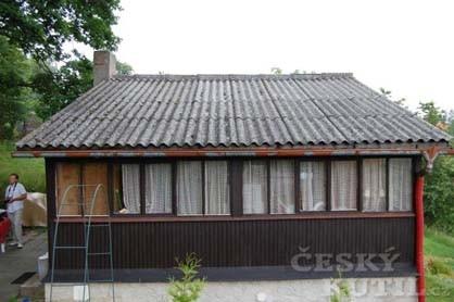 Natíráme vítěznou střechu z Čeřenic
