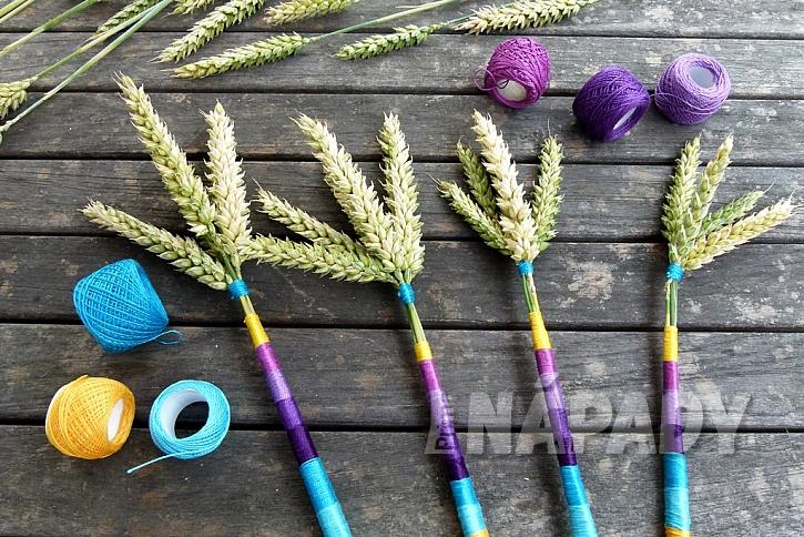 Jak vytvořit jednoduchou dekoraci z klásků: Dodejte barvy obilí! 14