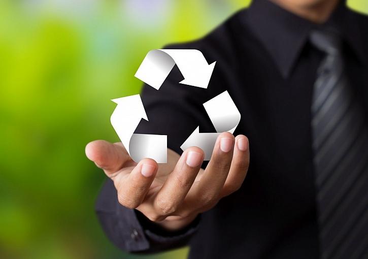 Recyklace a upcyklace je o používání starých věcí, kterým vdechnete nový život