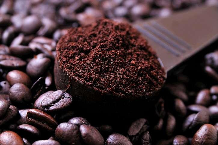 Káva jako mocný pohlcovač všech pachů