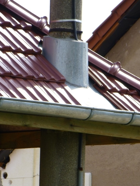 Antikutil - když sloup roste střechou
