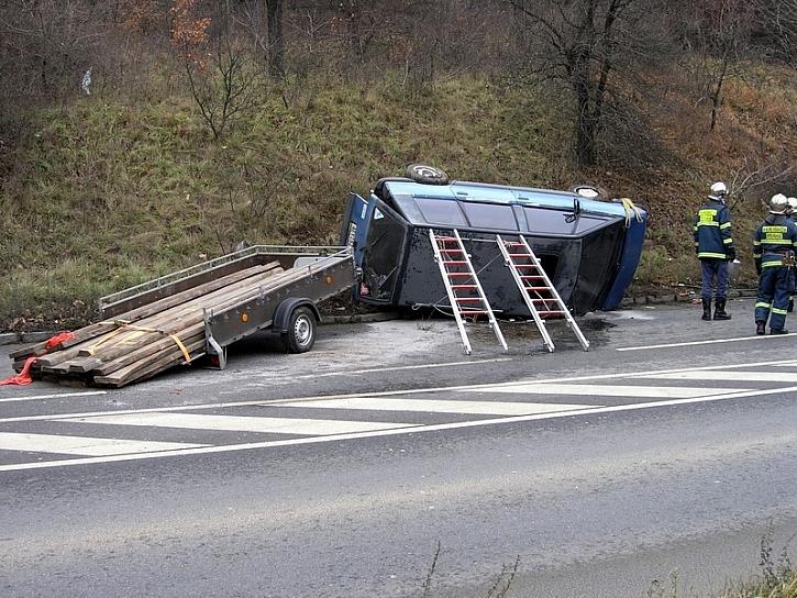 Antikutil - vozík za auto