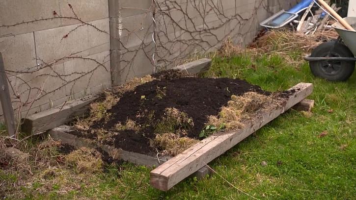 Co patří do správného kompostu? (Zdroj: archiv FTV Prima)