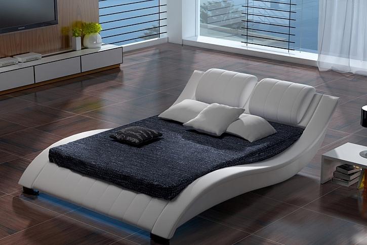 Čalouněné postele, to je luxus a praktičnost