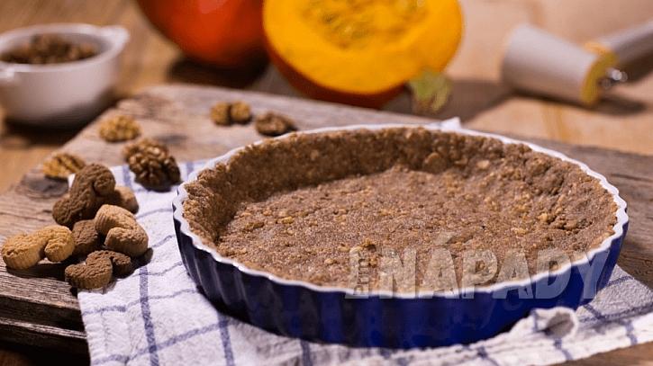 Dýňový koláč: příprava a pečení korpusu