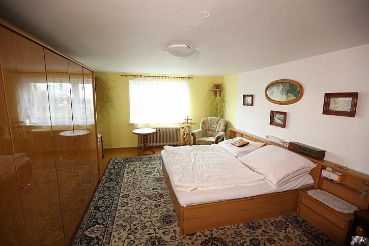 Podkrovní byt pro pěstounskou rodinu - Jak se staví sen