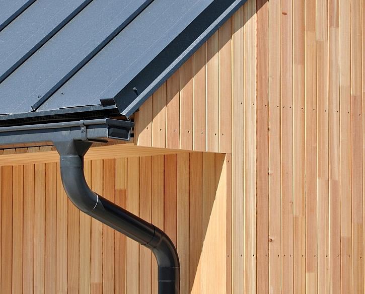 Antikorozní  barva: plechové střechy, oplechování budov a ostatní kovové podklady