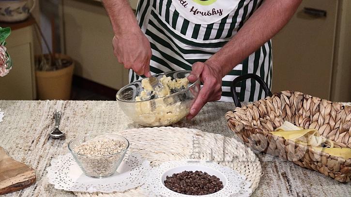 Recept na banánové sušenky s čokoládou: rozmačkejte banány